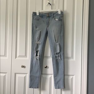 AE Light Wash Jeggings - Size 8